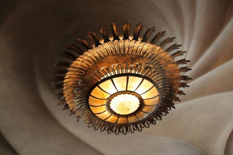 Gaudi, fou ou génie?  Img_9758
