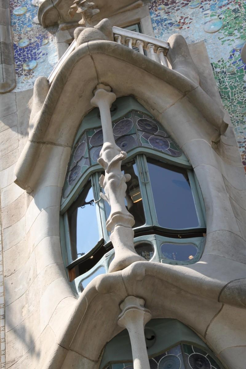 Gaudi, fou ou génie?  Img_9810