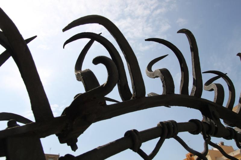 Gaudi, fou ou génie?  Img_9818