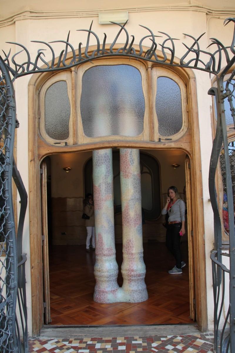 Gaudi, fou ou génie?  Img_9824