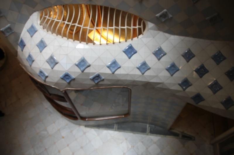 Gaudi, fou ou génie?  Img_9833