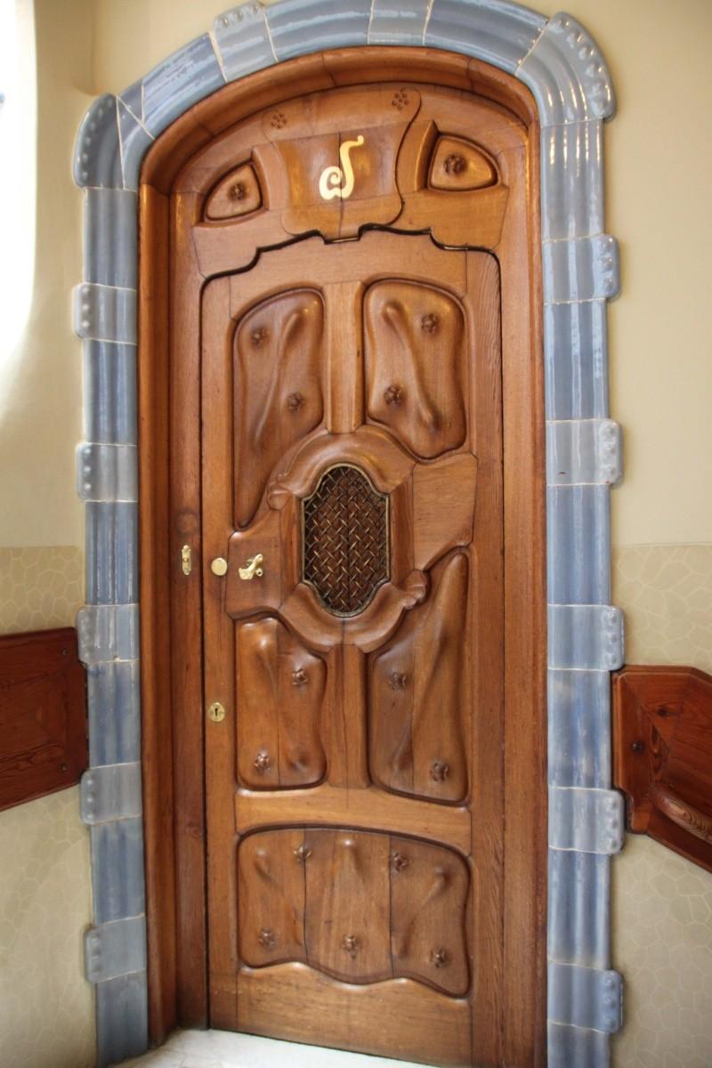 Gaudi, fou ou génie?  Img_9843