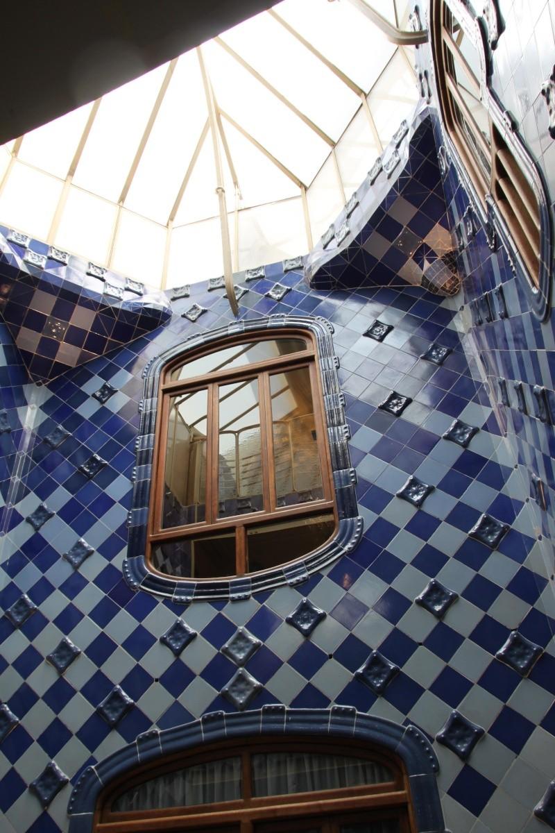 Gaudi, fou ou génie?  Img_9847
