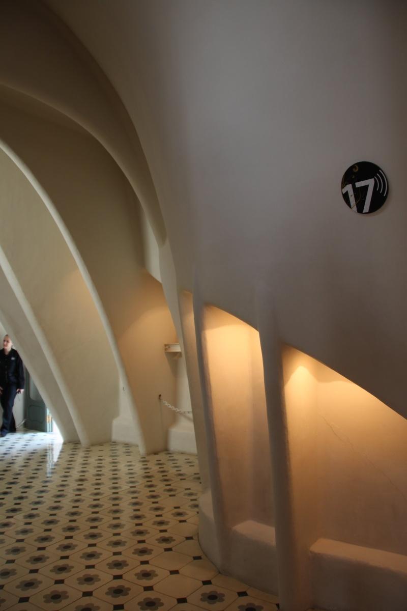Gaudi, fou ou génie?  Img_9857