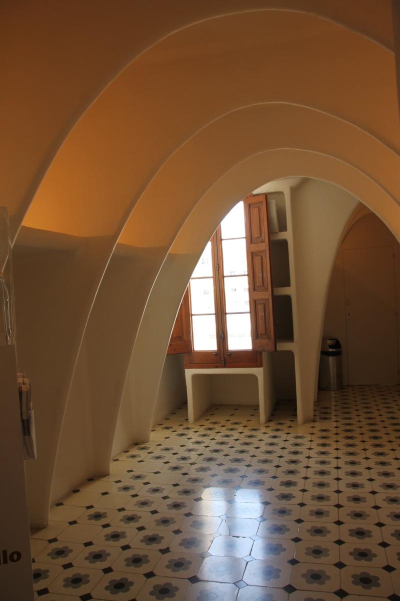 Gaudi, fou ou génie?  Img_9858