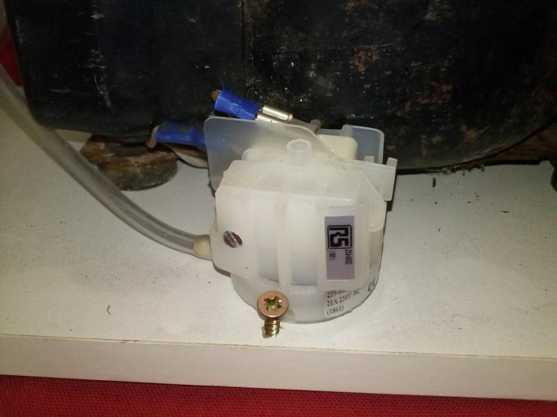 pompe à vide Cam00215