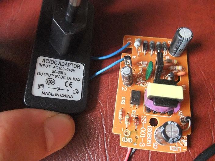 Pb adaptateur secteur Atari (non officiel) Dscf4010