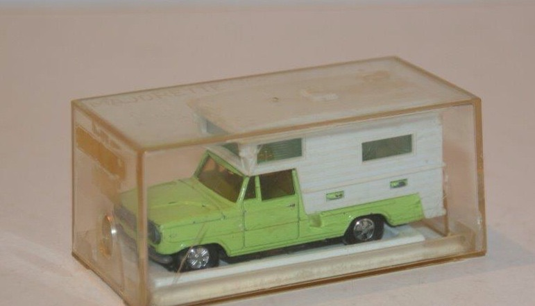 N°209 DODGE CAMPING CAR Image92