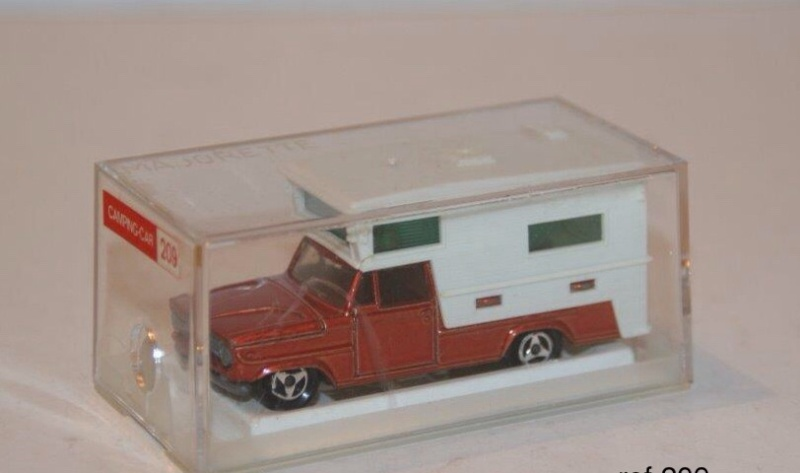 N°209 DODGE CAMPING CAR Image98