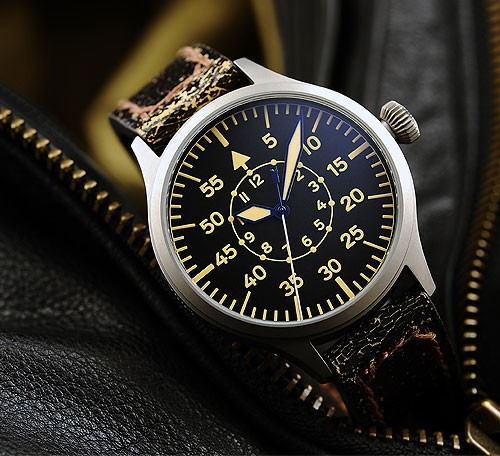 Cherche montre style baroudeur/militaire Steinh11