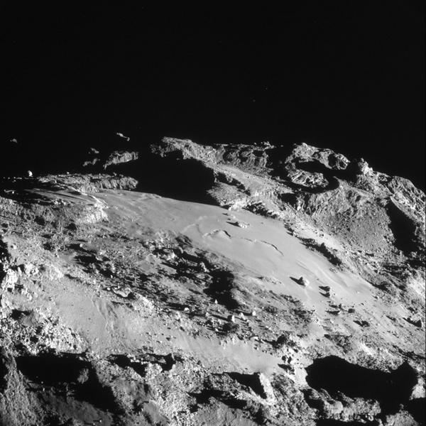 Rosetta : Mission autour de la comète 67P/Churyumov-Gerasimenko  - Page 10 1242