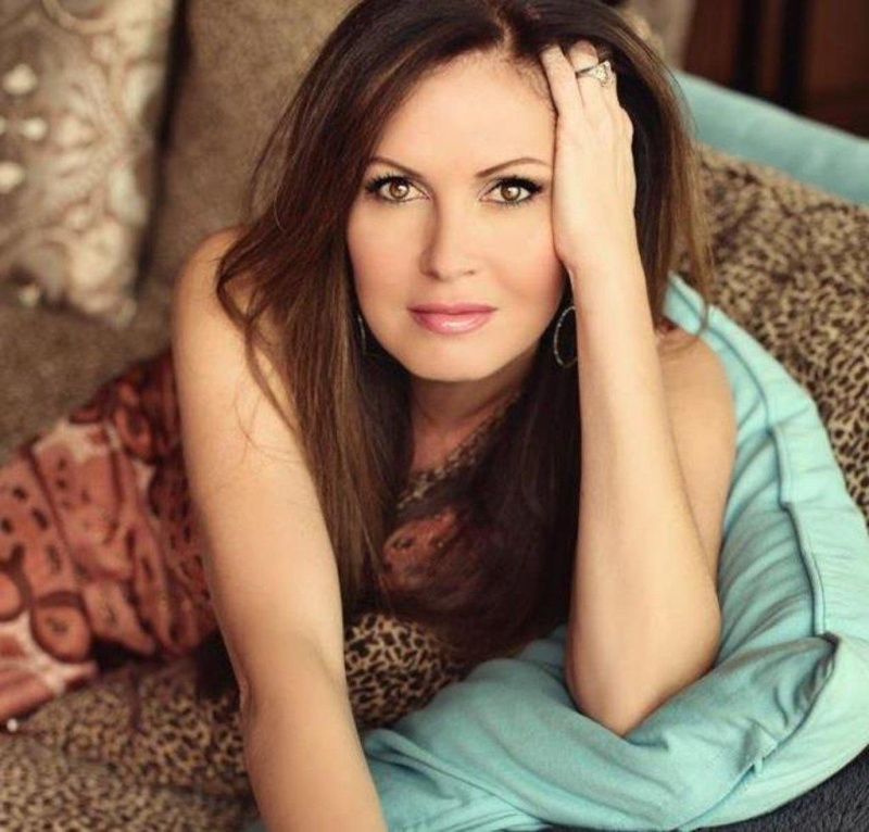 Photos de Francesca alias Lisa Guerrero Coles Lisa-g11