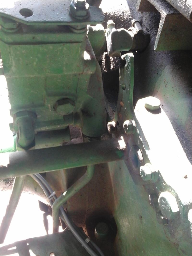 installation d'un distributeur hydraulique  - Page 2 Distri11
