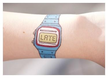 Quel genre de bracelet portez vous l'été ? Tatoua10