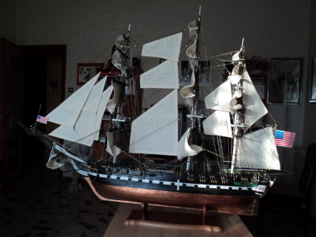 royal - Lavori terminati, USS Constitution, Soleil Royal, HMS.Victory. Dsc00710