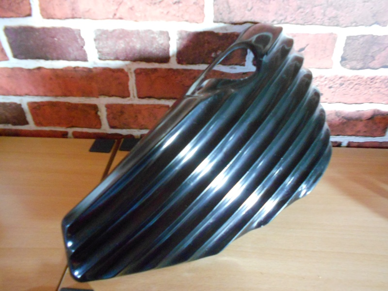 CACHES LATERAL RIBBED POUR SPORTSTER 2004 ET UP. 2014-111