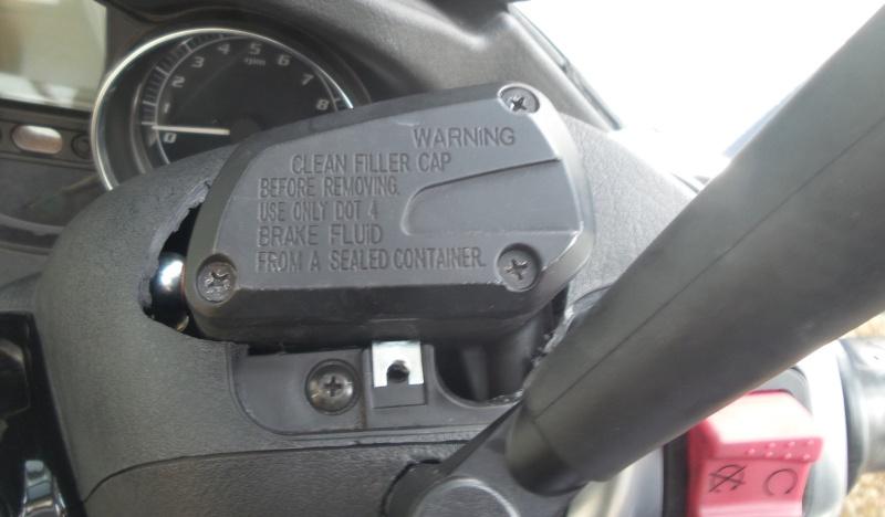 Maître cylindre avant Gilera GP800 sur MP3 500/Fuoco 20140812