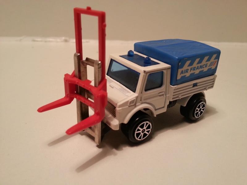 N°215 Unimog Transpalette  20141094