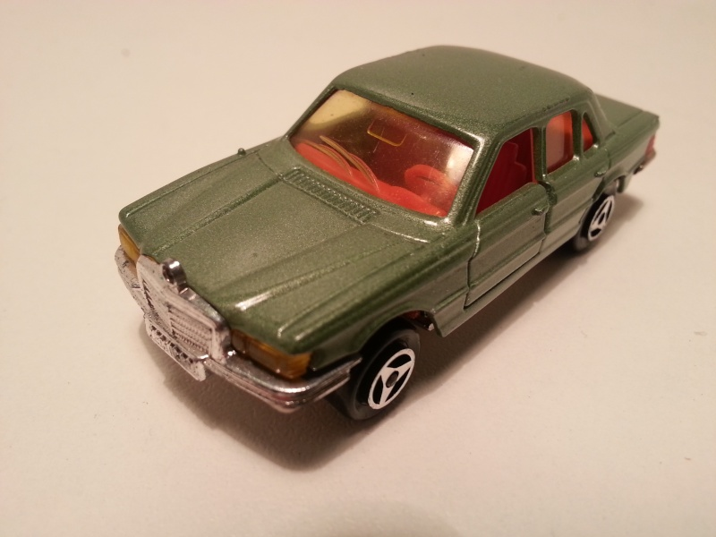 N°249 Mercedes 450 20141116