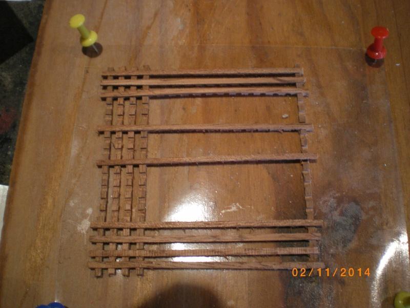 Comment fabriquer ses propres Caillebotis - Page 2 Imgp0641
