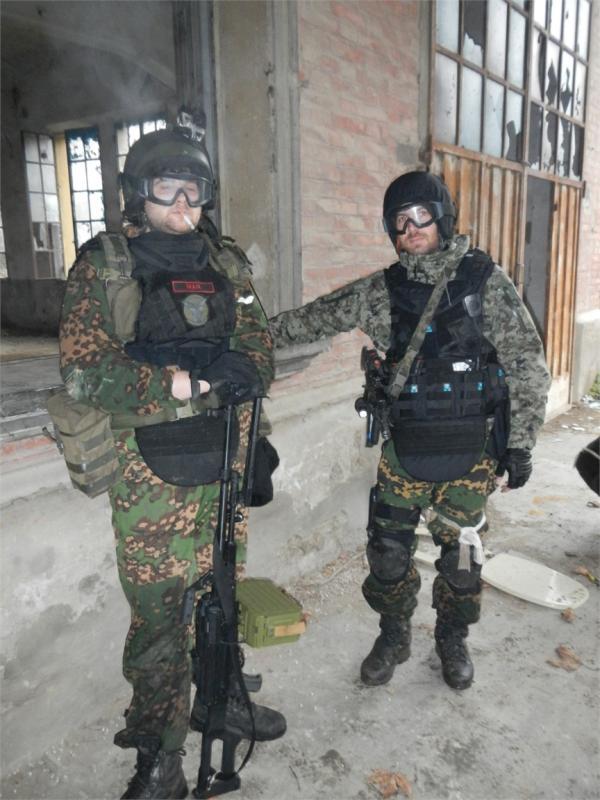 Defender 2 molle diagonal replica IRT (body armor  russo) Dscn2512