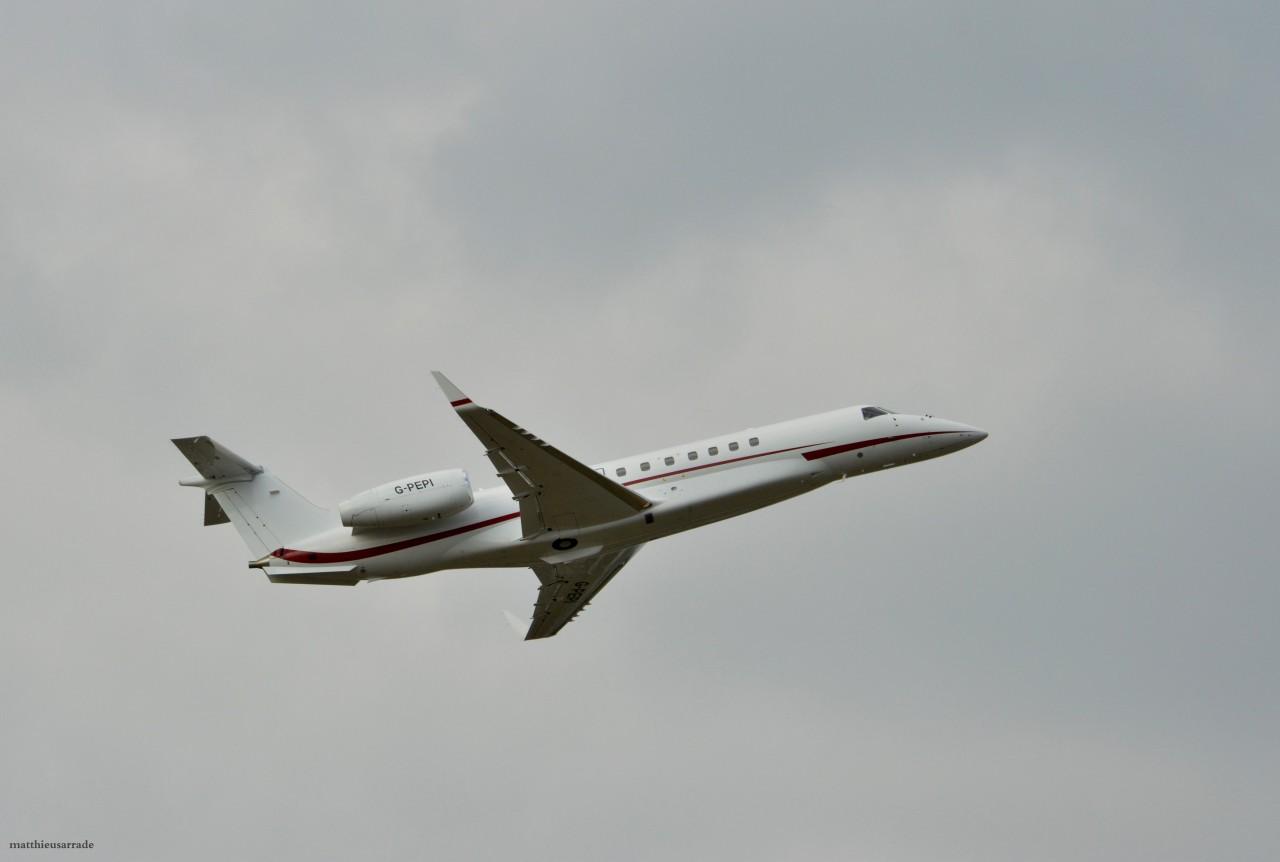 Embraer EMB-135 Legacy London Executive Aviation G-PEPI & Divers le 07.09.14 Dsc_0442