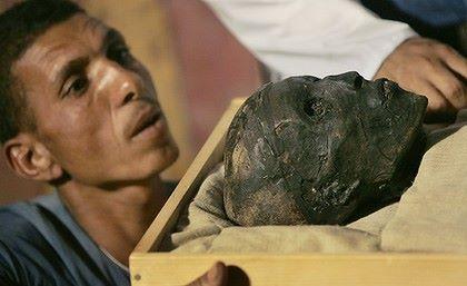 Egito, terra africana. Trabal10