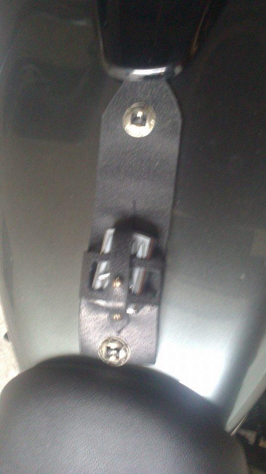 un KAWA en TERRASSE - du fait main pour passer le temps ( protège réservoir ) 10527210