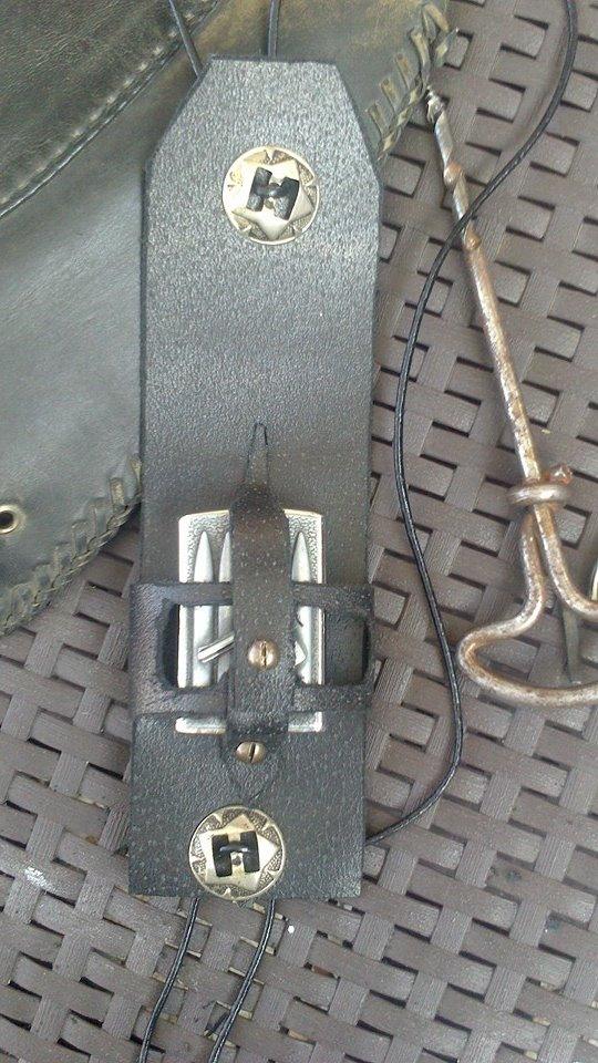 un KAWA en TERRASSE - du fait main pour passer le temps ( protège réservoir ) 10569010