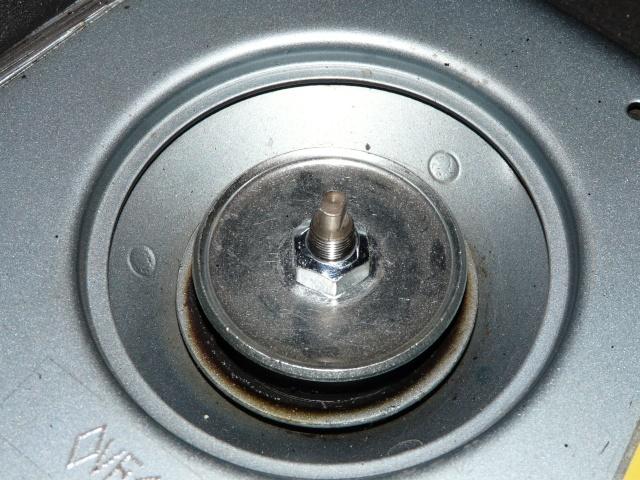 [Tous modèles] Quel outil pour vérifier le serrage des amortisseurs ? P1300610