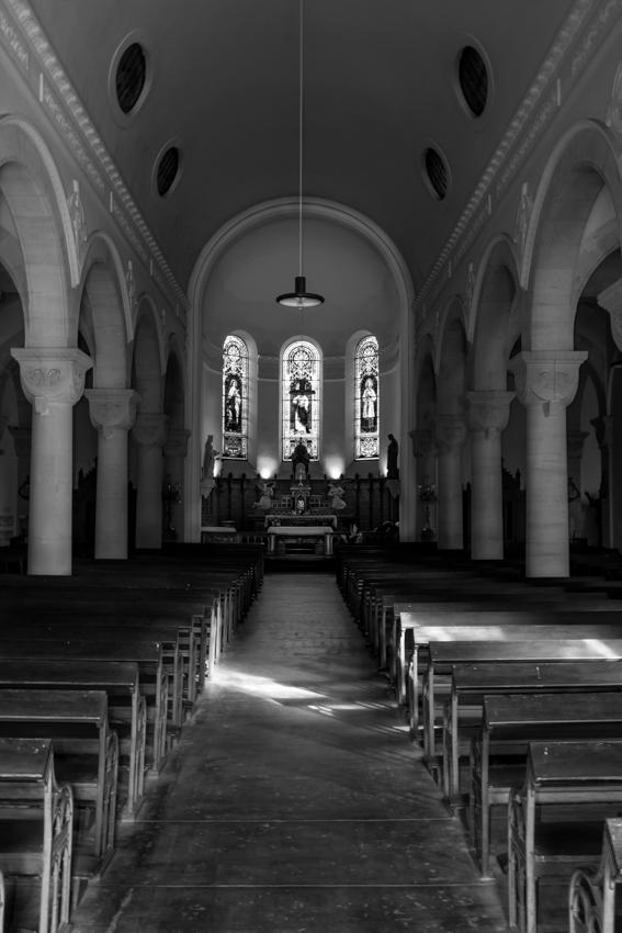 Lumière dans l'église Img_0821