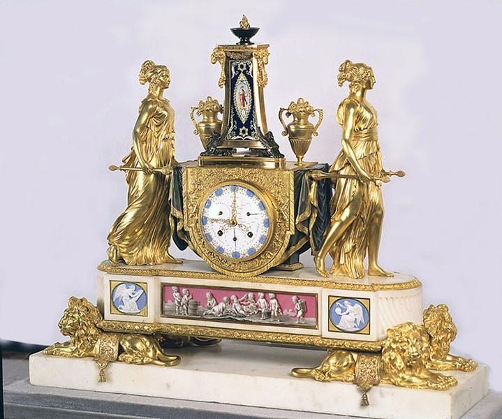 Pendules et horloges de Marie-Antoinette 7910d610