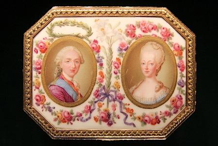 Portraits de Marie-Antoinette sur les boites et tabatières Boite-10