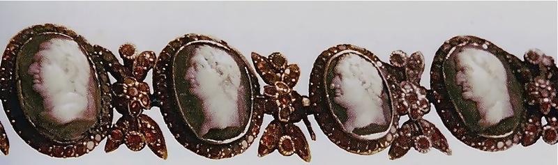 Exposition : Marie-Antoinette à Versailles (1955) - Les bijoux  Img01710
