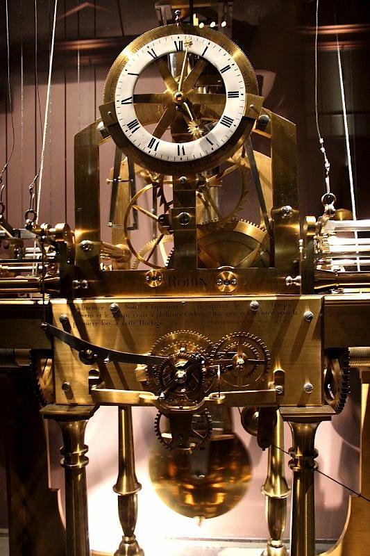 Pendules et horloges de Marie-Antoinette Img_2710
