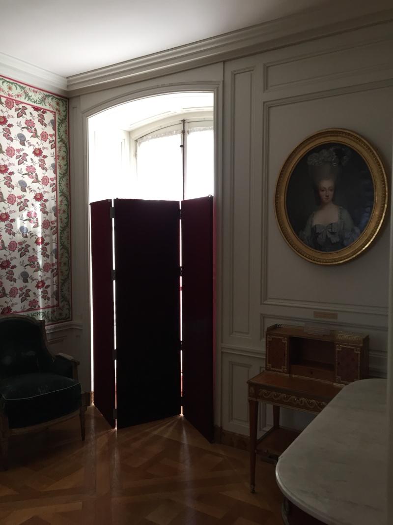 logement - Le logement de Fersen au château de Versailles - Page 4 Img_6110