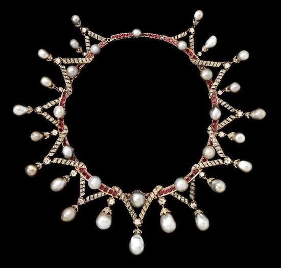 Exposition : Marie-Antoinette à Versailles (1955) - Les bijoux  Neckla10
