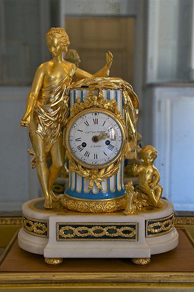 Pendules et horloges de Marie-Antoinette Pendul12