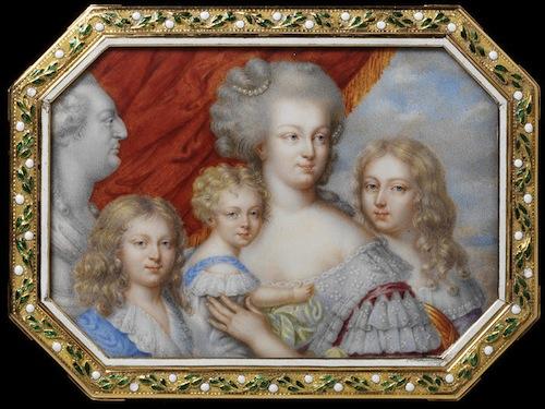 Portraits de Marie-Antoinette sur les boites et tabatières Pierre11