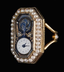 Exposition : Marie-Antoinette à Versailles (1955) - Les bijoux  - Page 2 Ring-w10