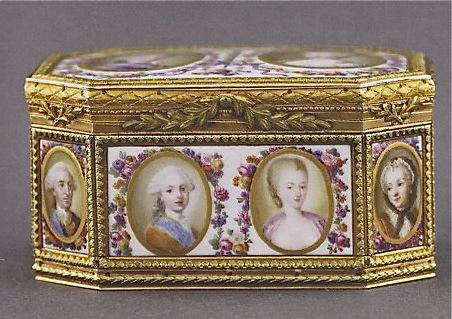 Portraits de Marie-Antoinette sur les boites et tabatières Tabati11