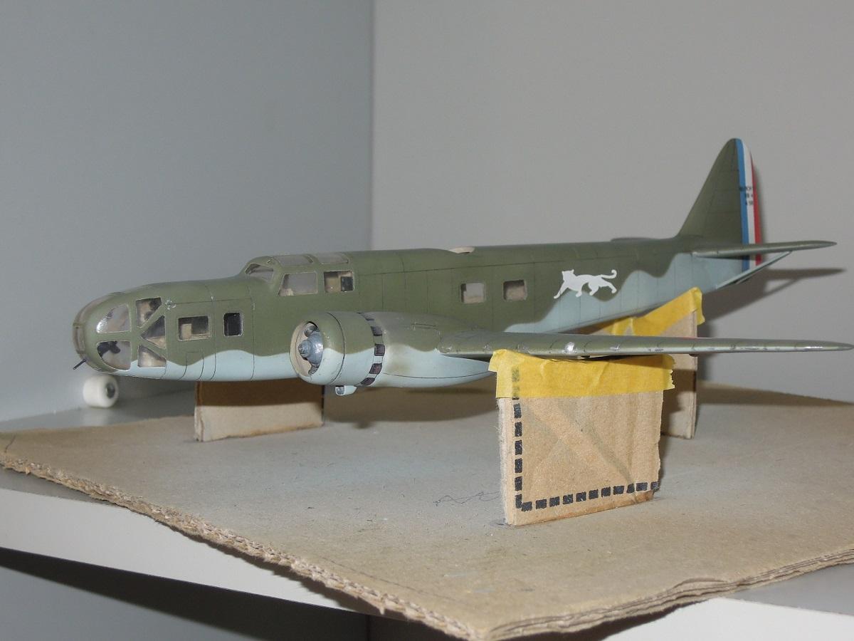 Bloch MB 131 de Mach2 au 1/72 par Dewoitine Dscn0815