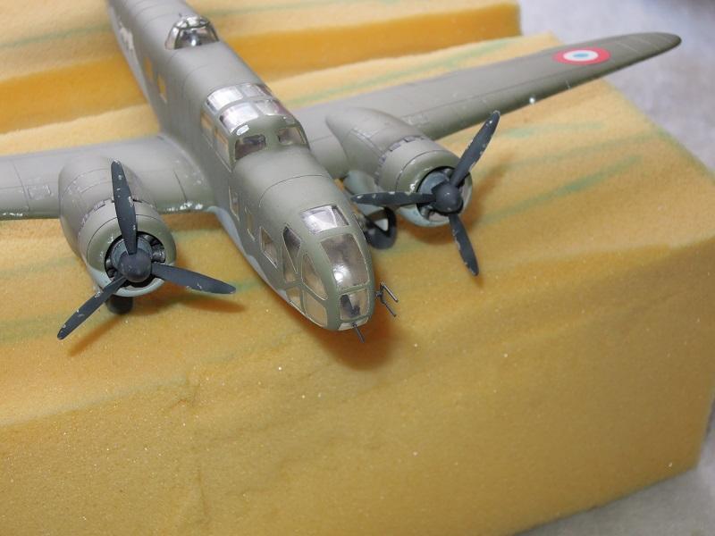 Bloch MB 131 de Mach2 au 1/72 par Dewoitine Dscn0822