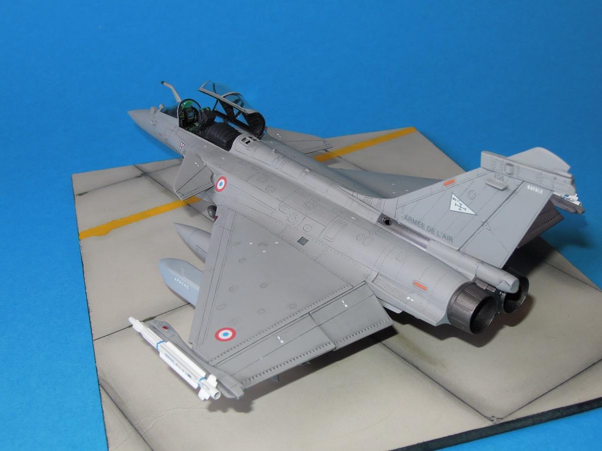 RAFALE C - Hobbyboss - 1/72 Dscn5311
