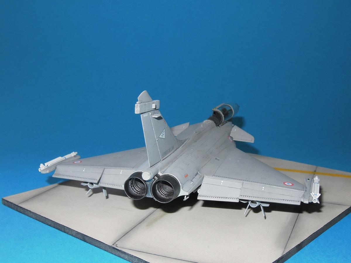 RAFALE C - Hobbyboss - 1/72 Dscn5313