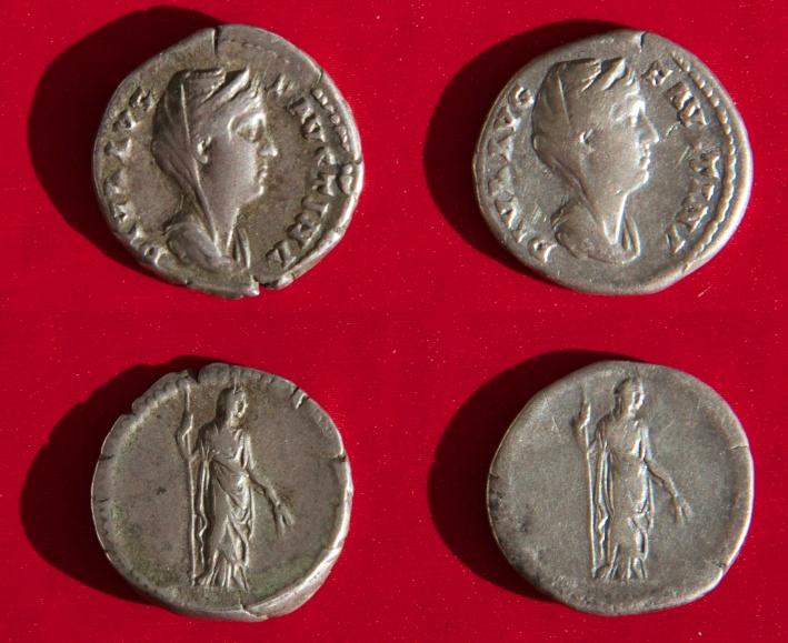 Diva Favstina/revers anépigraphe - même coins? Compar14
