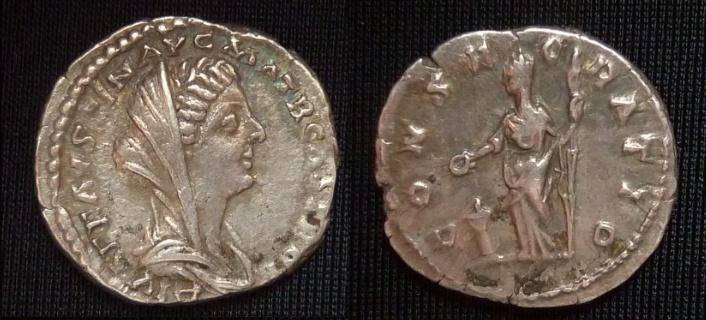 Les monnaies de Consécration de Barzus - Page 13 Fausti14