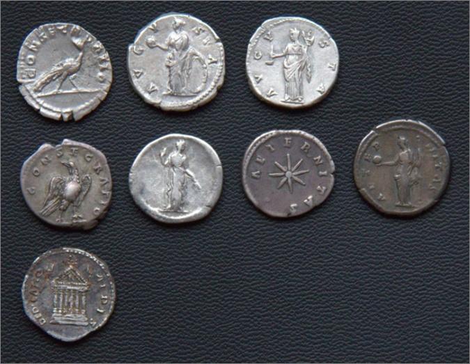 Les monnaies de Consécration de Barzus - Page 13 Fausti18
