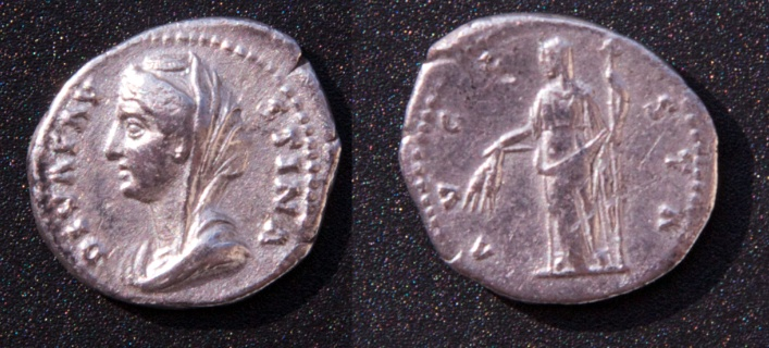 Les monnaies de Consécration de Barzus - Page 13 Fausti21