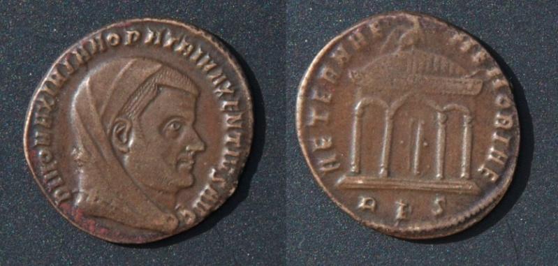 Les monnaies de Consécration de Barzus - Page 25 Maximi10